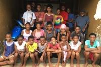 Les ados du foyer d'Olombaovao