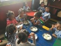 L'heure du repas à l'école Antoine